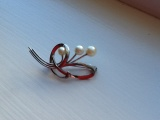 Follow Up on the Pearl Brooch